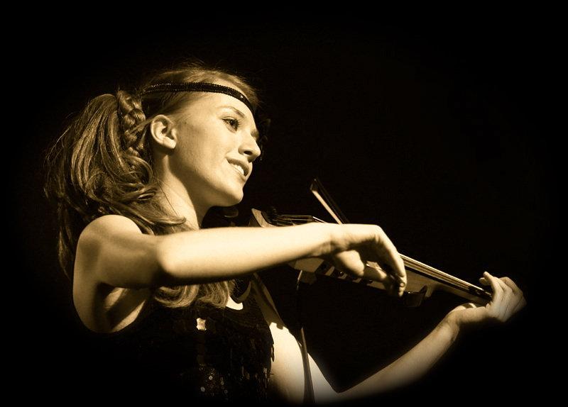 Taylor Hope, Taylor Hope Music, Taylor Hope Violin, violinist NJ, PA, NY, NYC