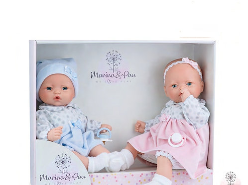 VETEMENTS DES  jumeaux Mya et Ayden