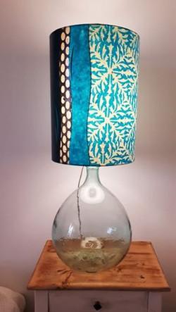 Lampe dame Jeanne et papier Népalais