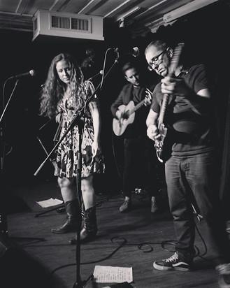 Tonight's gig at #Beloeil. Beautiful ven