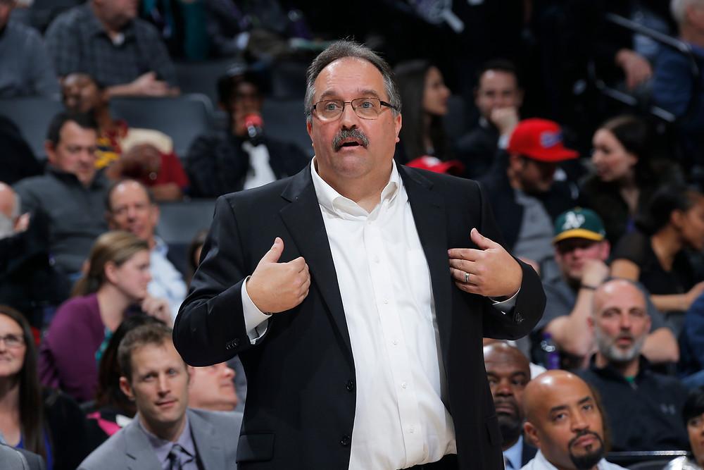 Detroit Pistons head coach Stan Van Gundy questions a call in an NBA basketball game.
