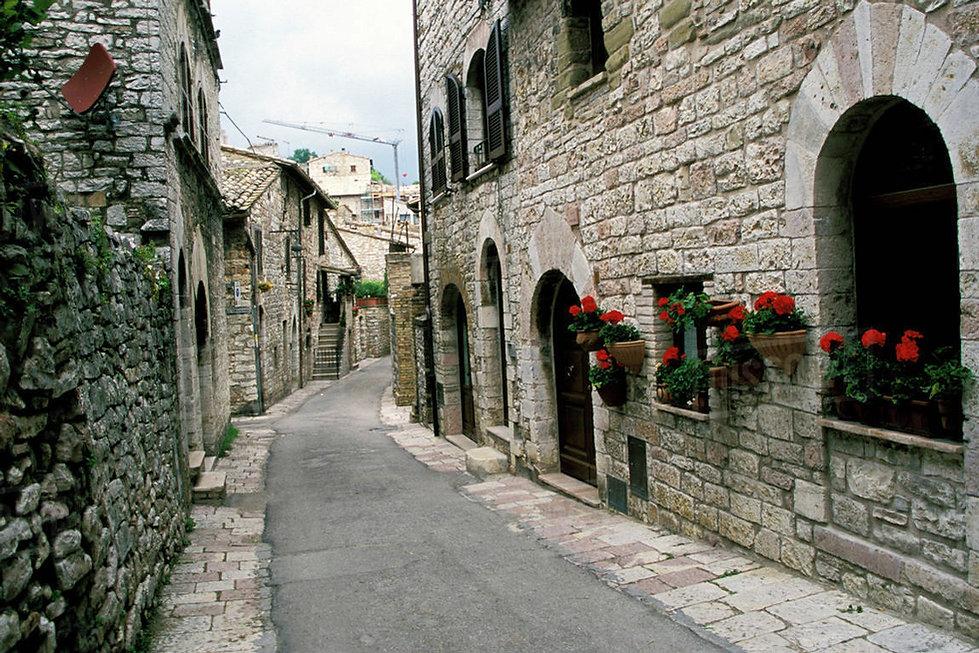 05-medieval-town-980.jpg