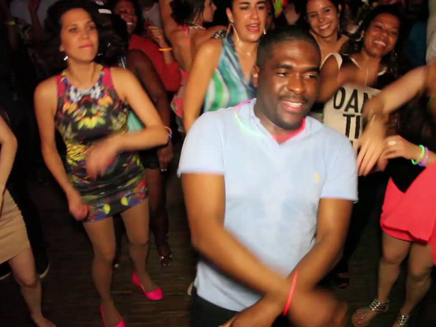 BATUKE! (wild) parties uncut: raw footage from festival's parties (2015)