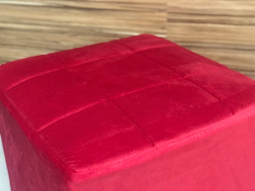 Puff Vermelho 0,50 x 0,50 c/ Capa