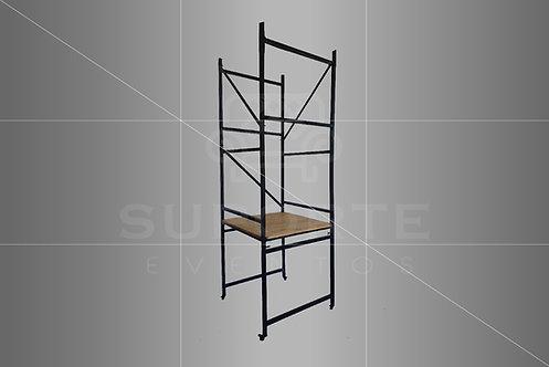 Mesa Industrial Modelo Andaime 0,90 x 0,90 x 2,70 alt. c/ Tampo em Madeira Pinus