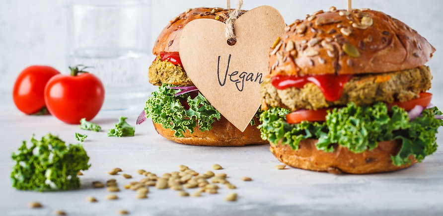 Vegan%20lentil%20burgers%20with%20kale%2