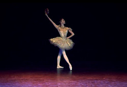 Liz Balettskola, Joyful