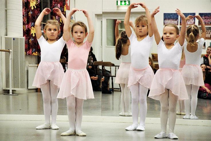 BARNDANS Liz Balettskola