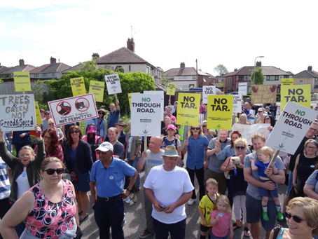 Hundreds turn out in opposition to proposed road through Rimrose Valley
