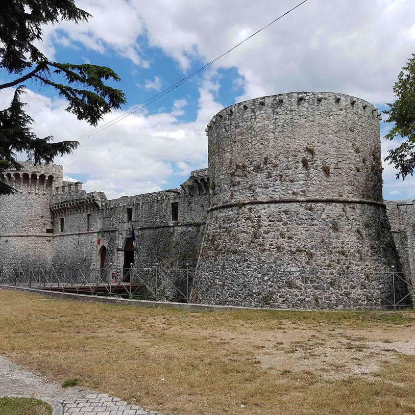 5 - Avezzano kasteel