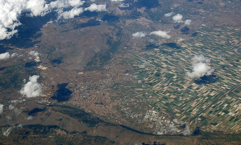 7 - Fucine_Plain_-Aerial_photographs-_2010-by-RaBoe-69