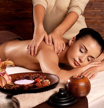 Массаж на дому от Mila Massage в Москве.
