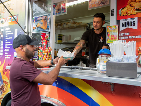 The Food Truck World - Tiny Spaces Produce Big Taste