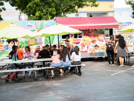 8 Reasons Why Eating at Food Trucks is the Best