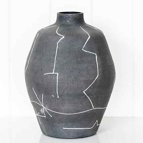Anatsui Lines Urn - Black - 20x27cm