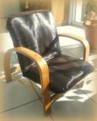 Housse sur faureuil assortie aux chaises