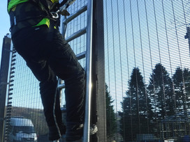 Health & Safety challenges surrounding security fence installations and maintenance