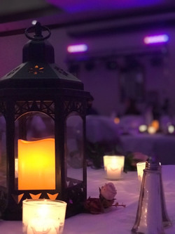 Table setting with wash lighting