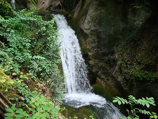 Cascade-de-la-Serraz-le-Bourget-du-Lac.j
