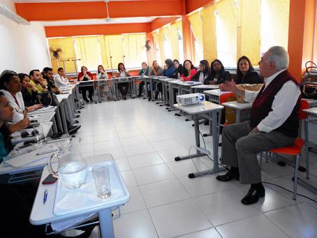 CAPACITAÇÃO PARA QUALIFICAR TÉCNICOS DE ASSOCIADAS PARA PARTICIPAÇÃO NAS CONFERÊNCIAS DE ASSISTÊNCIA