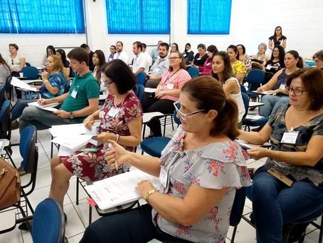 Diálogo em Vinhedo reflete sobre Assistência Social, Filantropia e Aprendizagem