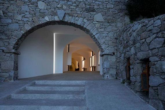 santa-marina-hotel-lighting-control-entr