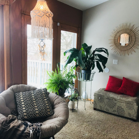 Friday FINDS--MACRAME LAMP and some nostalgia