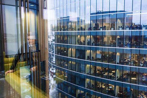 webCRM Finland toimii suomessa asiakkuudenhallinnan asiantuntijana.