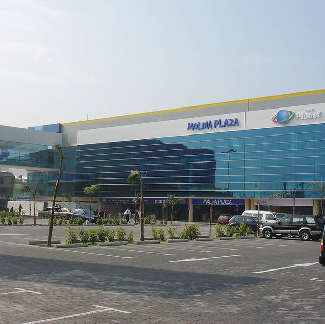 Molina Plaza