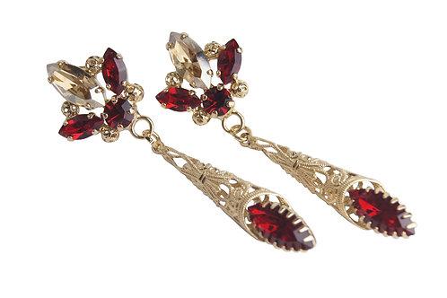 Royal Ovation Earrings in GoldQ_Siam