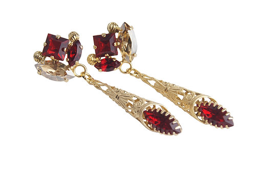 Royal Ovation Earrings with marquis and carre crystals in GoldenHoney_Siam