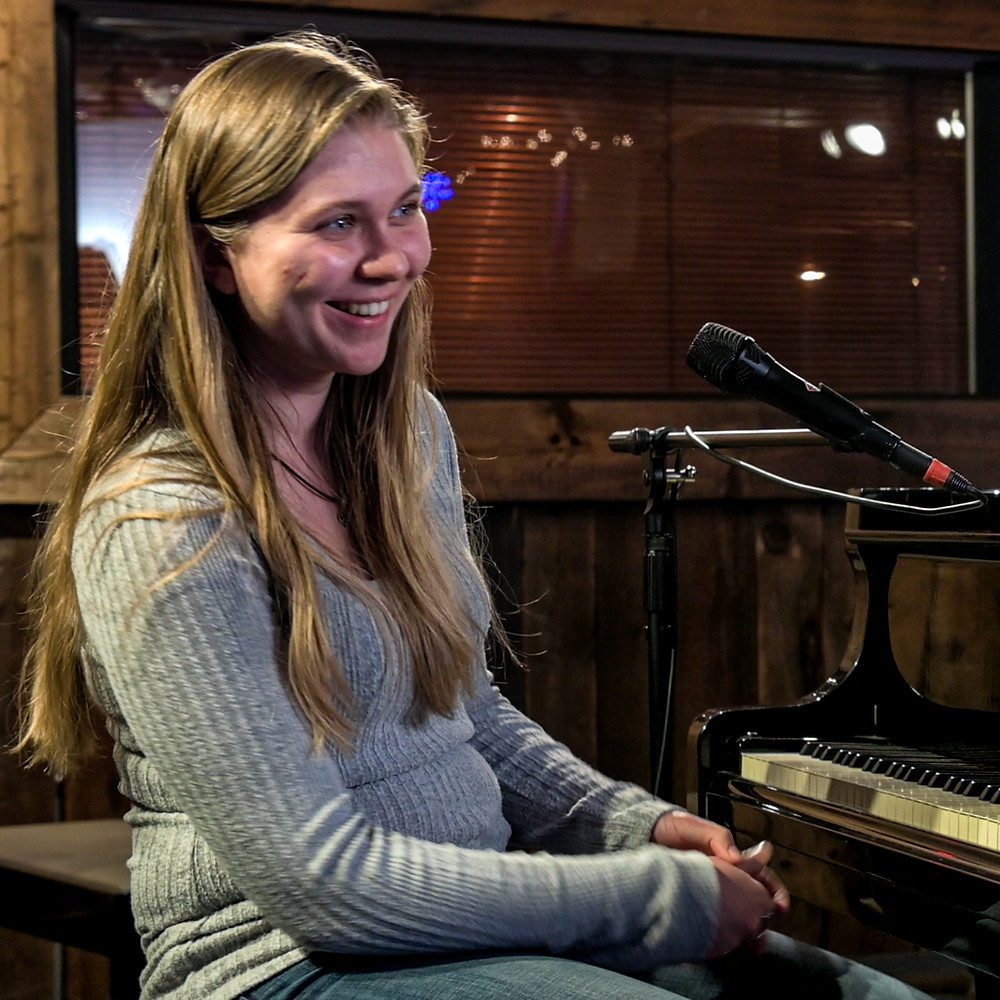 Piano Teacher Sabrina Mason