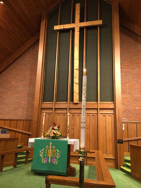 chancel and cross dmumc.JPG