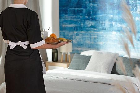 Breakfast-delivering-service-960667356_5
