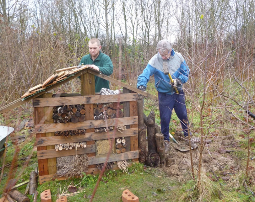 Gatwick's People and Wildlife Officer, Tom Simpson leads a wide variety of volunteer tasks on airport conservation areas, from large scale scrub clearance, to small scale invertebrate habitat creation