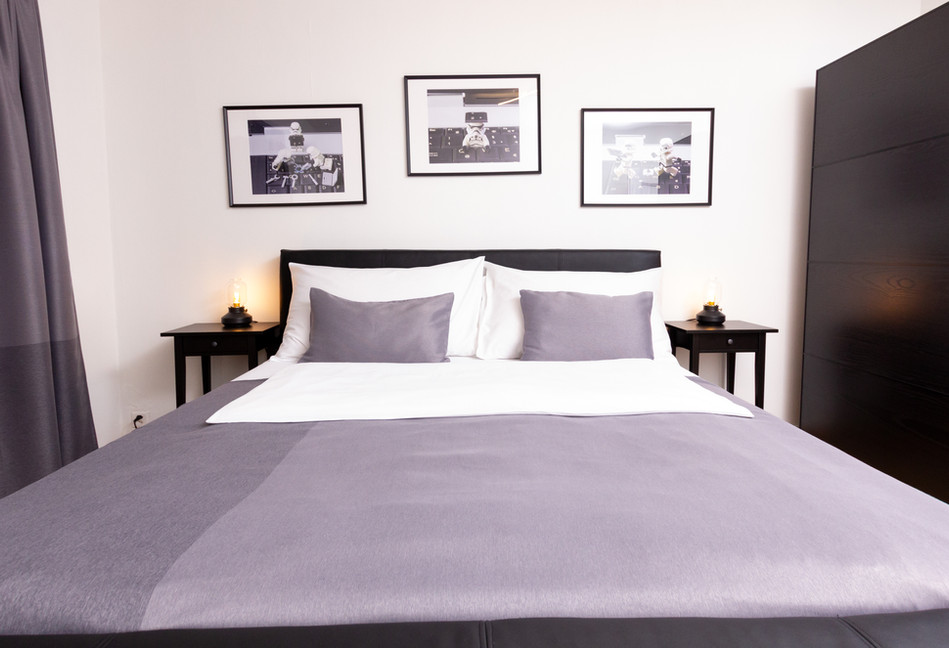 Bedroom B (7).jpg