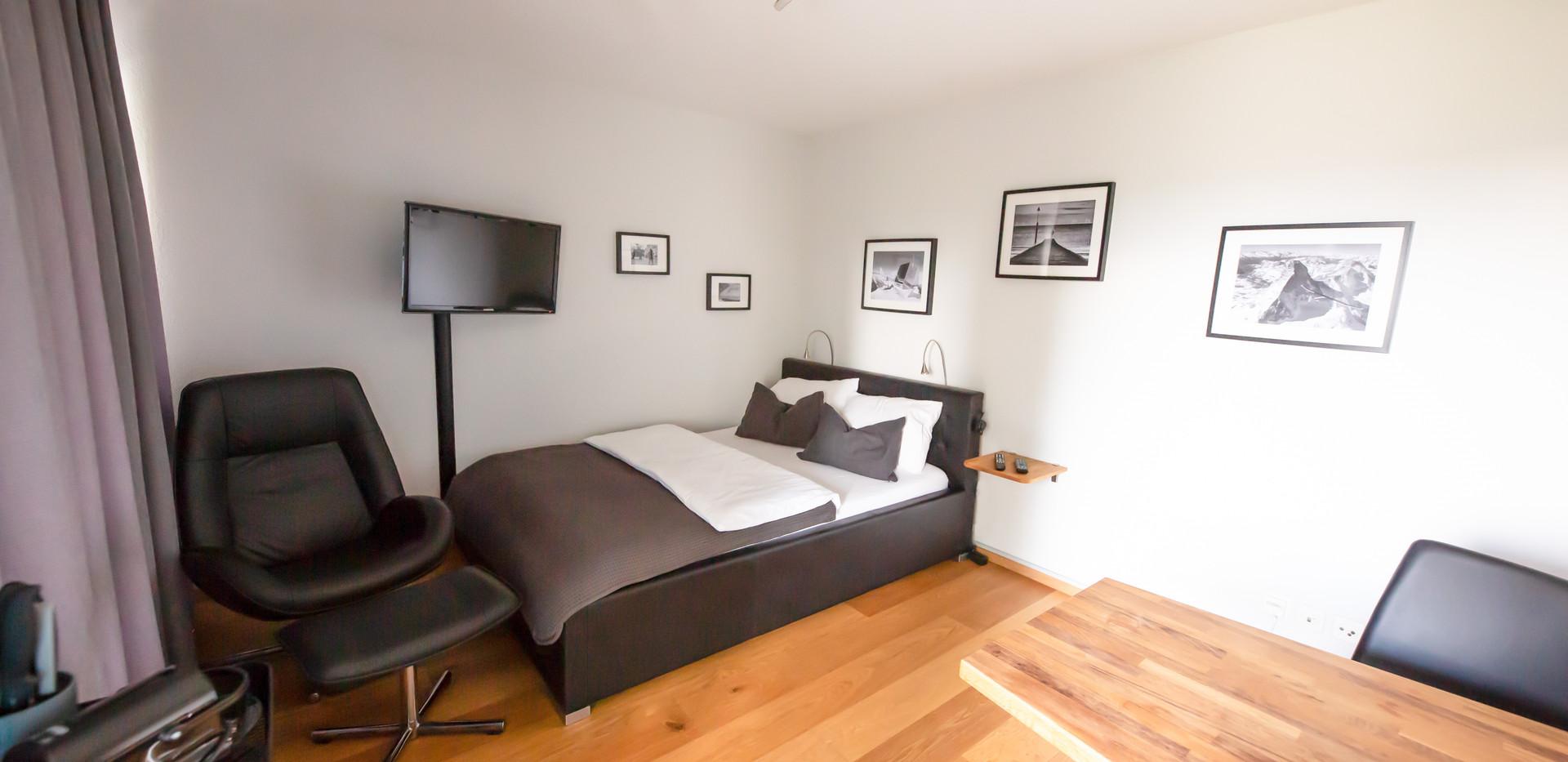 Armotti Apartments 806 (1).jpg