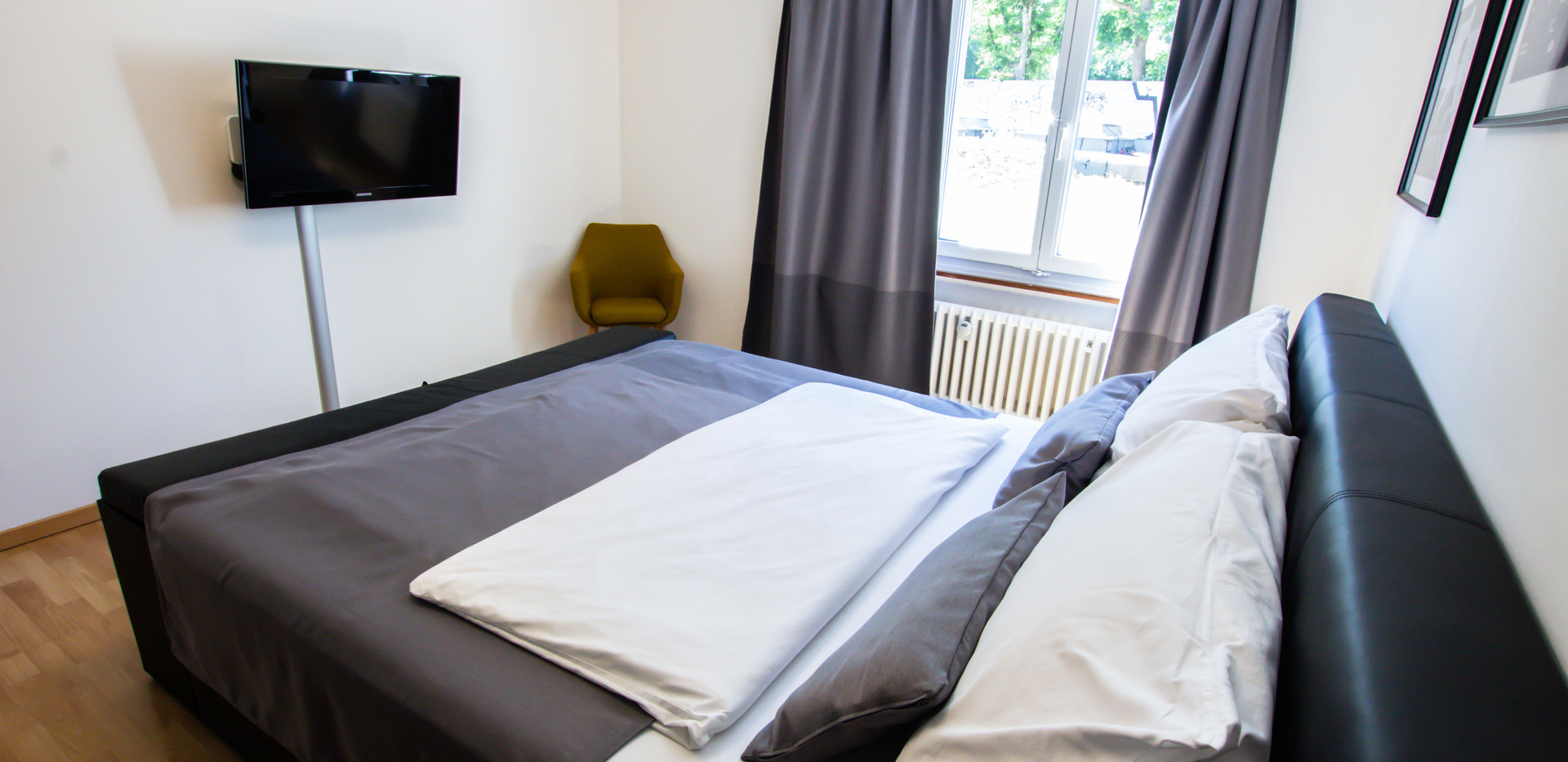 Bedroom D (3).jpg