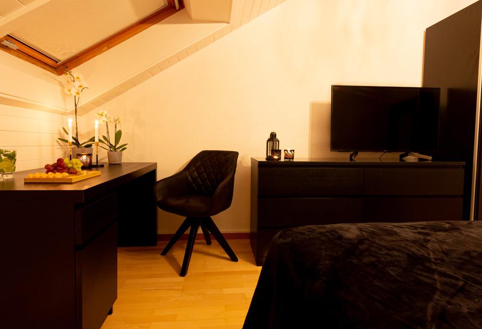 Main Bedroom (46).jpg