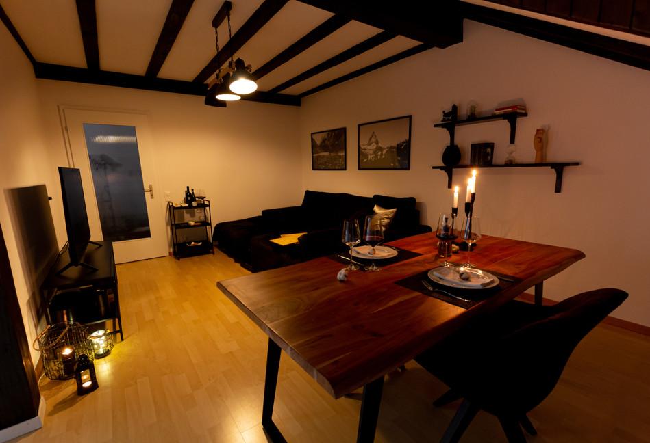 Living Room (16).jpg