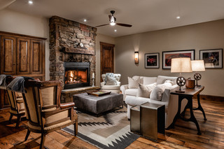 Cozy Living Room Space
