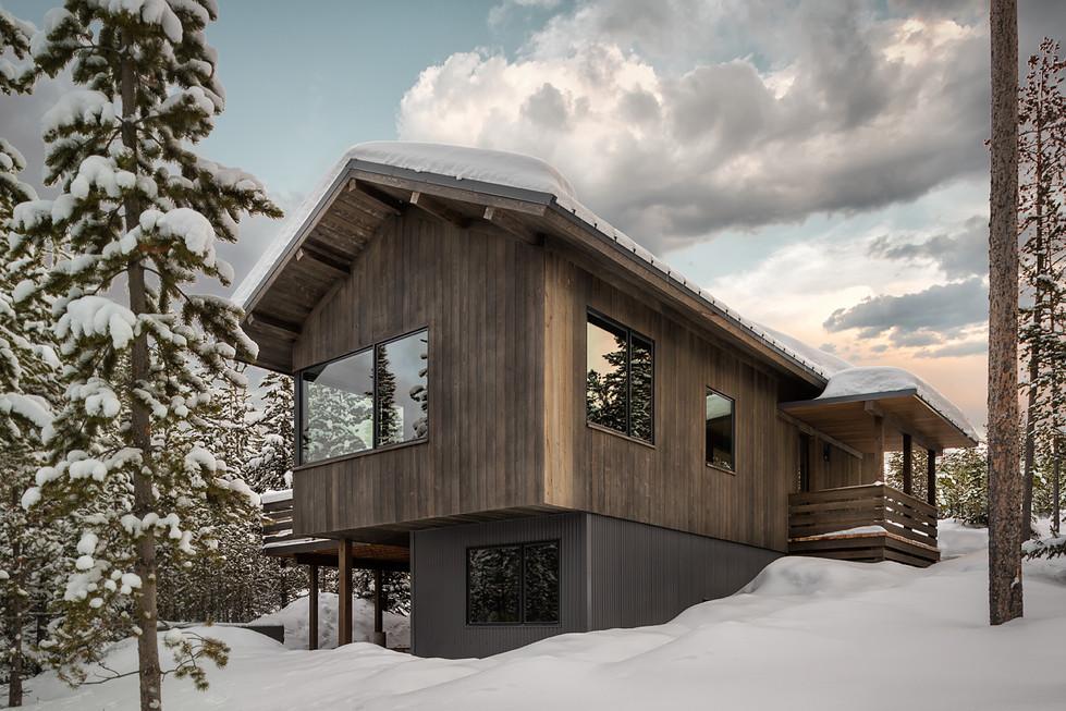 Low Resolution Lake Cabins 5.jpg