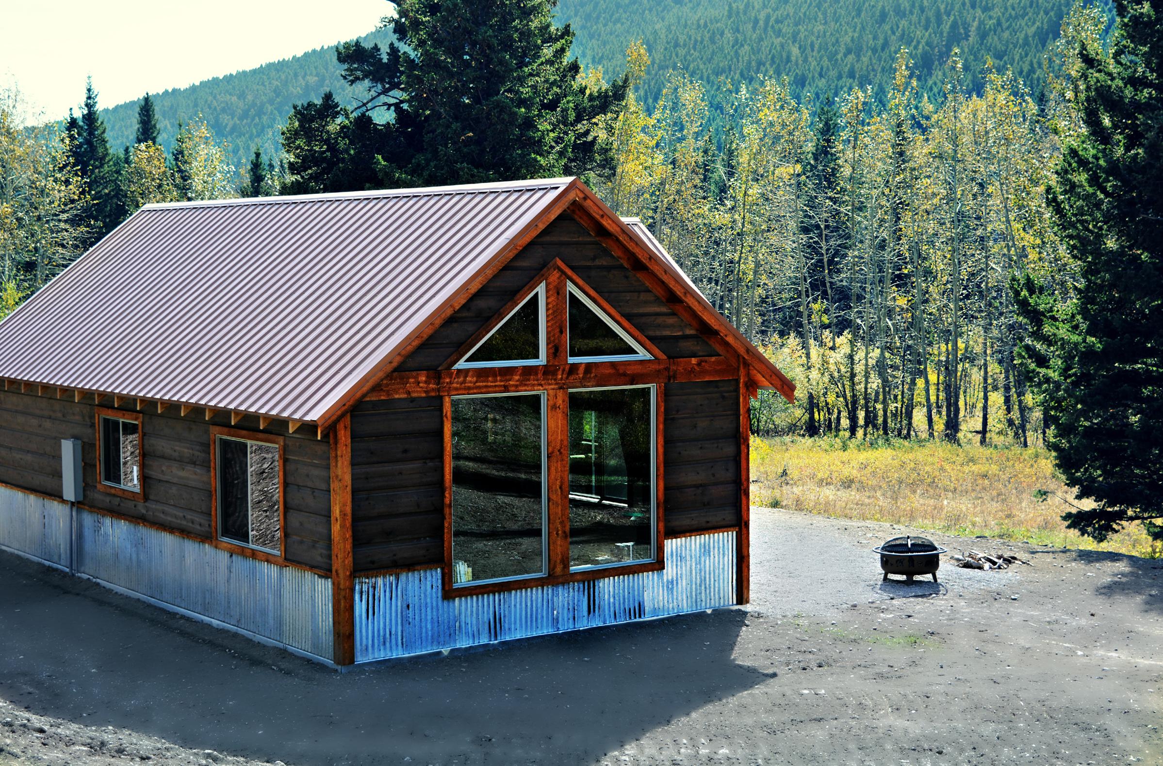 Rustic Elegant Montana Cabin
