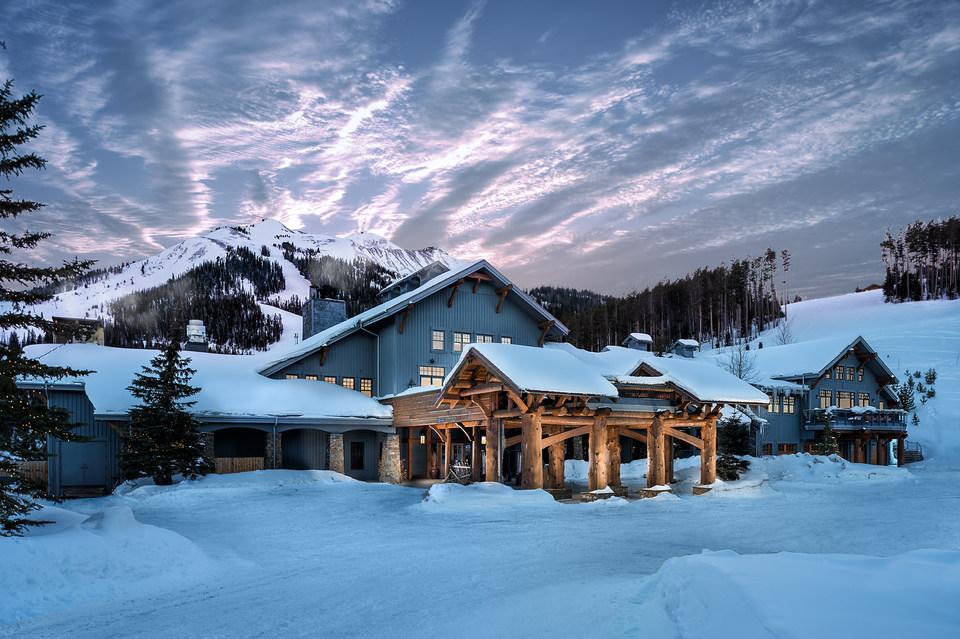 Moonlight Lodge - Low Resolution - Image 8.jpg