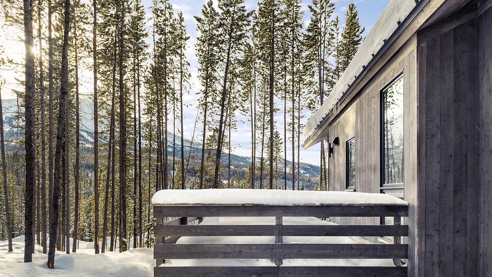 Low Resolution Lake Cabins 11.jpg