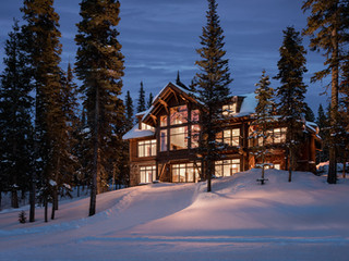 Ski-in/Ski-out Residence at Moonlight