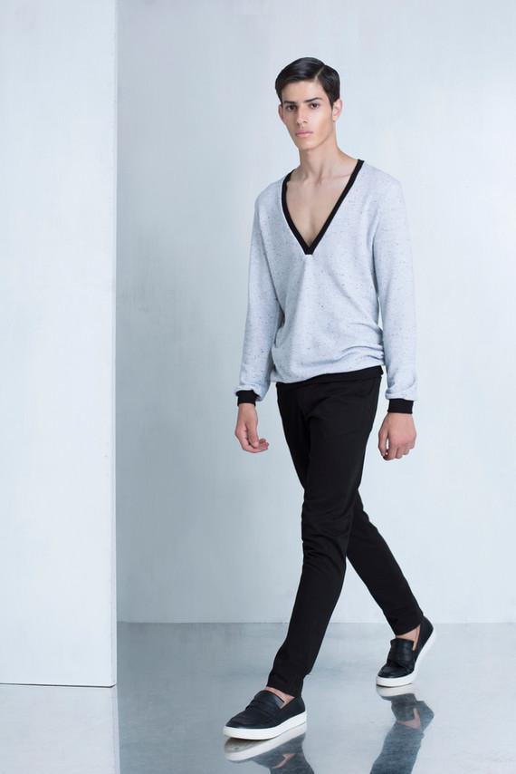 Ariel_Bassan_Minimal_Menswear_AW_LookBook_Deep_V_Sweatshirt