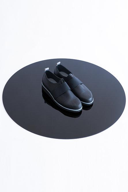 Platformed Leather Derby Shoes w. Elastic Detail
