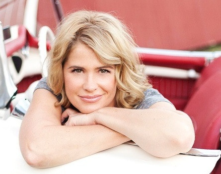 [TV News]: 'Buffy' Movie Star Kristy Swanson Joins UP TV's 'Angels in the Snow'