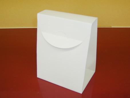 紙袋みたいな形状の凾